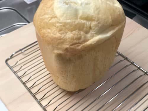 杏仁霜の食パン (杏仁霜8%)