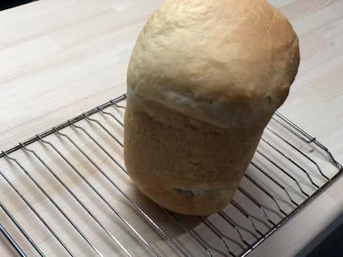 アーモンドミルクの食パン (アーモンドミルク40%+アーモンドパウダー)