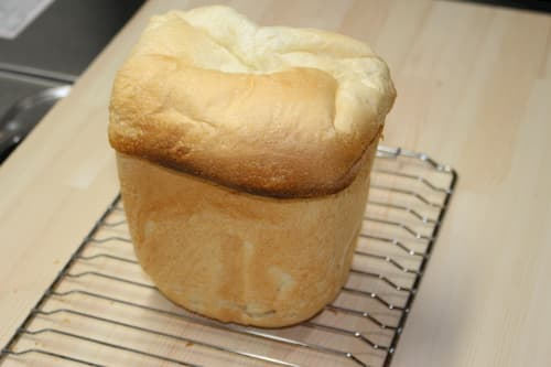 ココナッツミルクの食パン (ココナッツミルク100g)