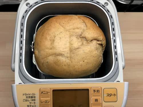 ロイヤルミルクティーの食パン (アッサム使用⊕生クリーム)