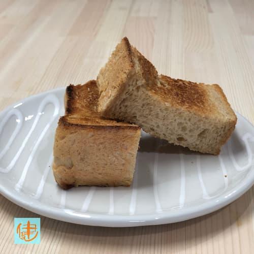 味噌の食パン (赤味噌12%)