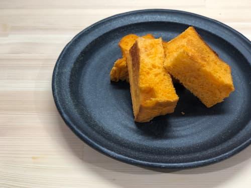 【ホームベーカリー奮闘記】トマトジュース64%の食パン