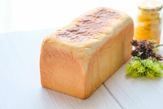 食パンの材料と役割