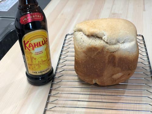 カルーア28% 配合の食パン