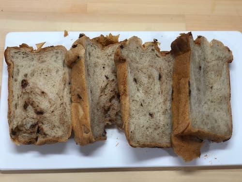 【ホームベーカリー奮闘記】チョコベビー12%の食パン